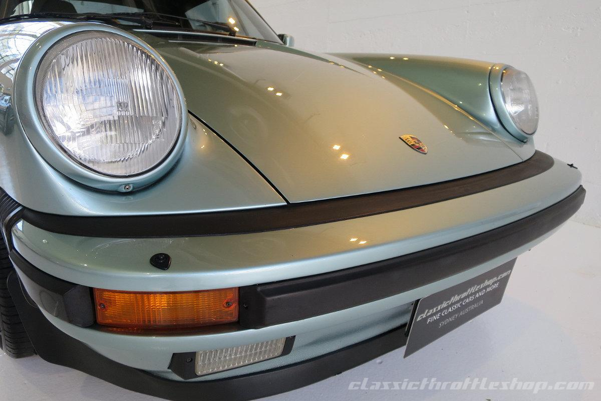 1985-Porsche-911-Carrera-Targa-Crystal-Green metallic-10