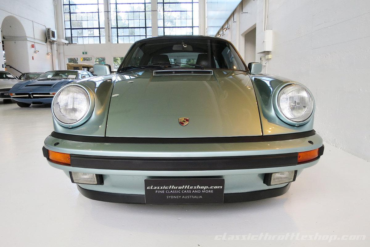 1985-Porsche-911-Carrera-Targa-Crystal-Green metallic-2
