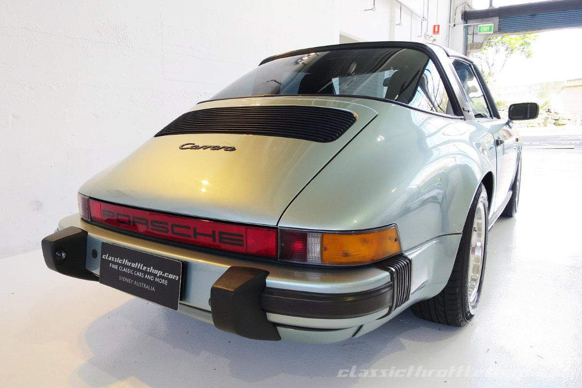 1985-Porsche-911-Carrera-Targa-Crystal-Green metallic-6