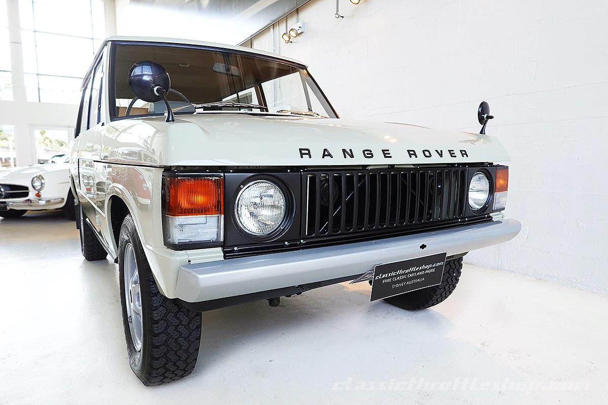 1972-Range-Rover-Suffix-A-Sahara-Dust-1